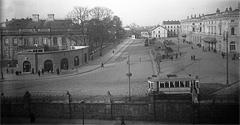 (#33) Plac Jana Nowaka-Jeziorańskiego, dawniej plac Dworcowy, ciąg dalszy