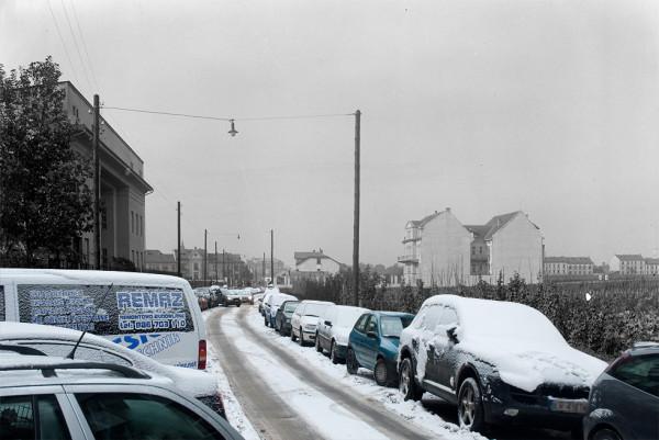 (#45) ul. Juliusza Lea i samochody, samochody, samochody…